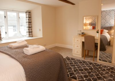 Double Rooms Bed and Breakfast at the Kings Arms - Accommodation in Stockland